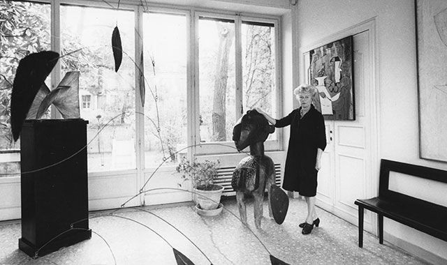 peggy-guggenheim-dames-in-their-drawing-rooms-kotur-blog-4